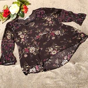 Maurices top 🌺